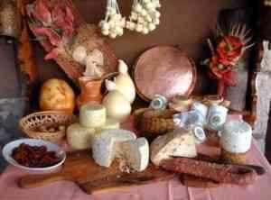 produsele traditionale sunt intarite de brandul de tara