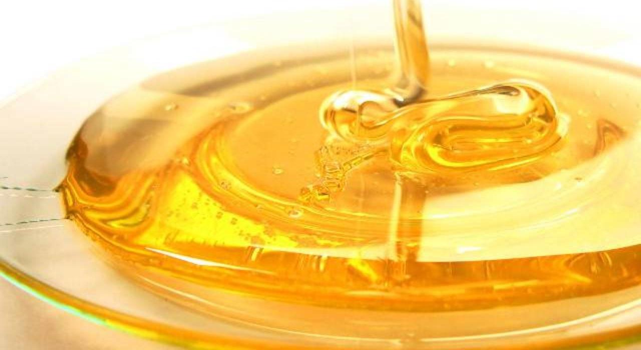 Mierea de albine pentru o buna digestie