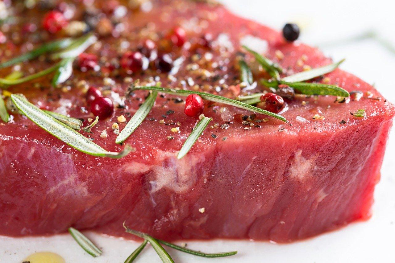 carne de vita hranita cu porumb