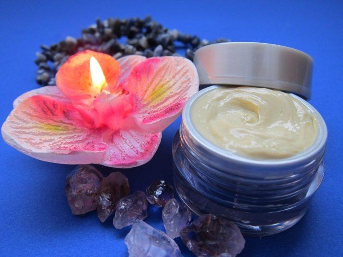 produse cosmetice crema de fata ingrediente